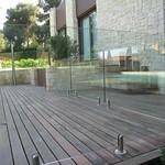 Detalle barandilla de cristal