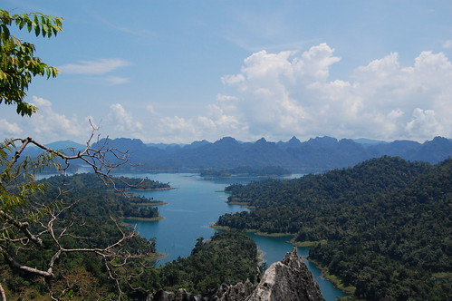 cheow larn lake, khao sok national park | by unkle_sam