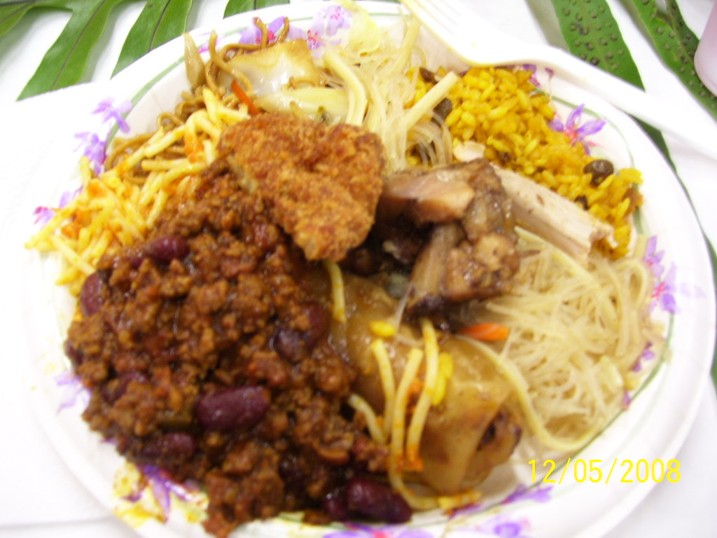 Plate Lunch at Kalihi Uka Booster Club - 12/05/2008   Flickr