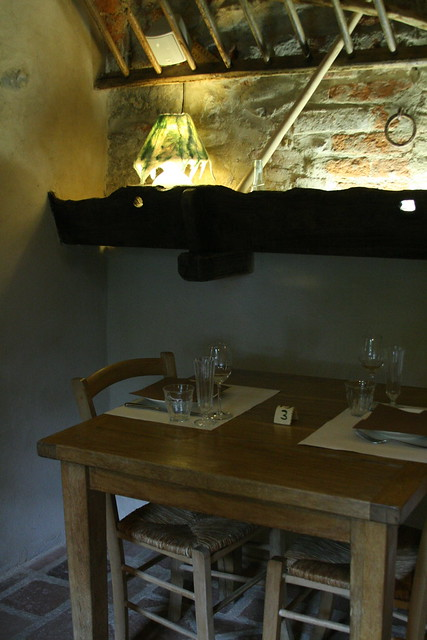 Il Talucco, horse trough in the dining room