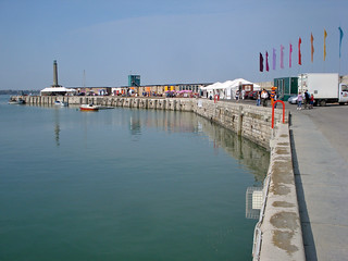 Margate Harbour Arm | by diamond geezer