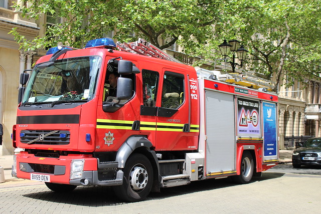BX59OEN WEST MIDLANDS FIRE SERVICE