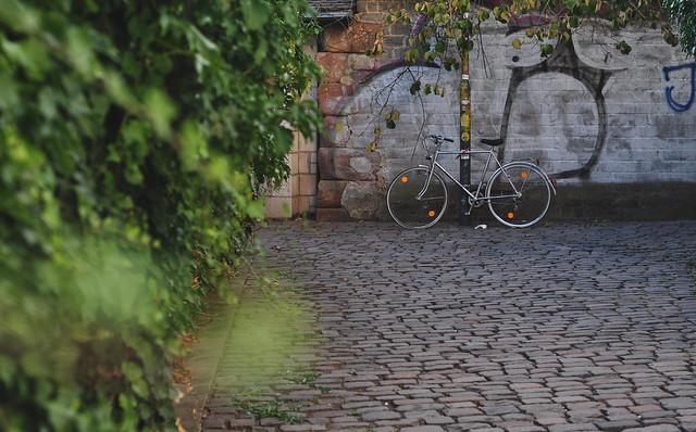 Backstreet bicycle