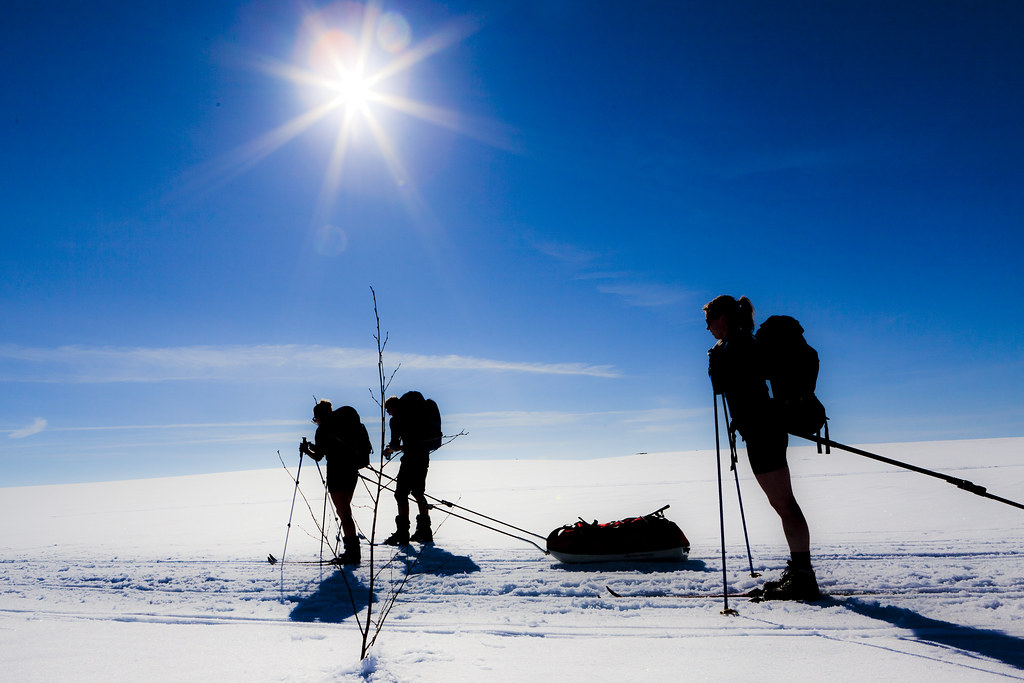 Pulk walking | Crossing the Hardangervidda with pulks