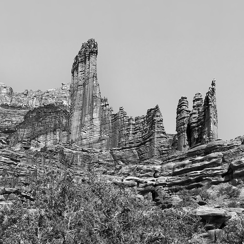 Fisher Towers   by snowpeak