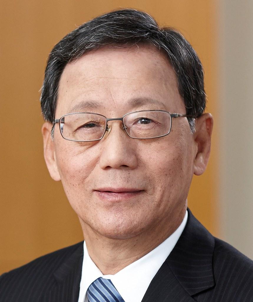 Yoshitaka Fujii