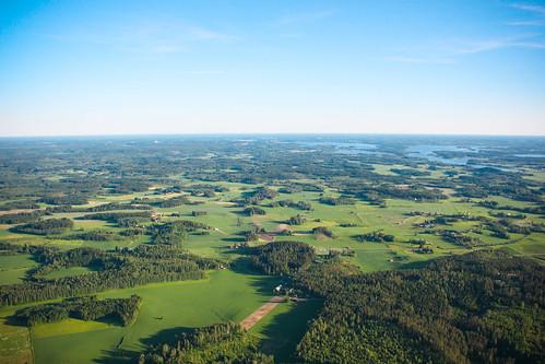 sky june finland skydive dropzone juhannus freefall parachutes vesivehmaa