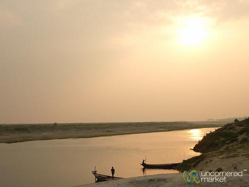 sunset sun river boats dusk bangladesh ganges dpn gangesriver rajshahi padmariver