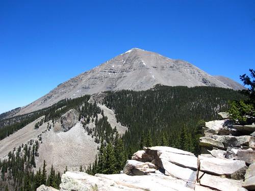 blue trees sky mountains colorado rocks hiking westspanishpeak