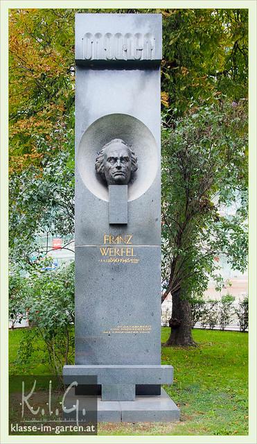 Schillerplatz 1010 Wien, Denkmal Franz Werfel | 2014-07