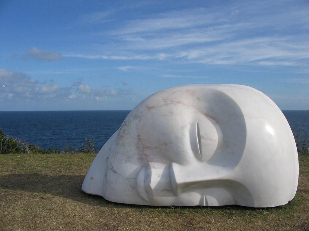 Escultura en Bondi como parte de la exhibición Sculptures by the Sea
