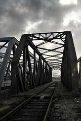 railroad bridge (out of operation)