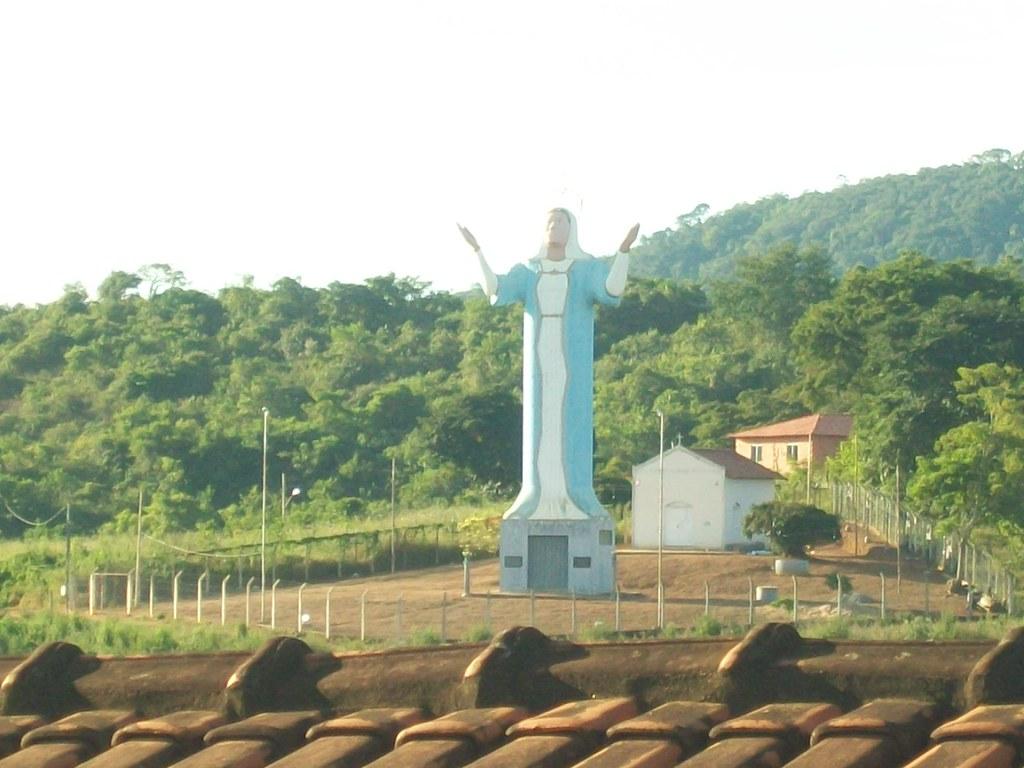 Santa Maria do Suaçuí Minas Gerais fonte: live.staticflickr.com
