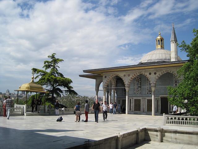Palais de Topkapı - Terrasse de marbre avec le Kiosque de Bagdad