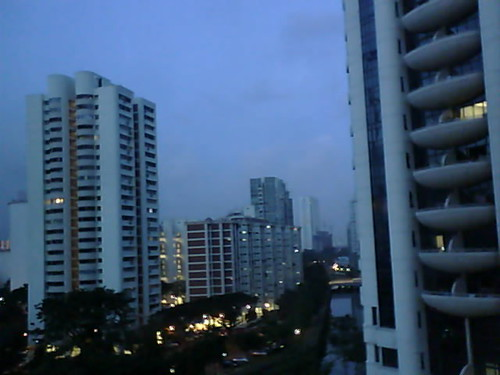 From Internet Camera(singaporeweather.ath.cx:8081)2010/12/13,06:41:09 | by ngotoh