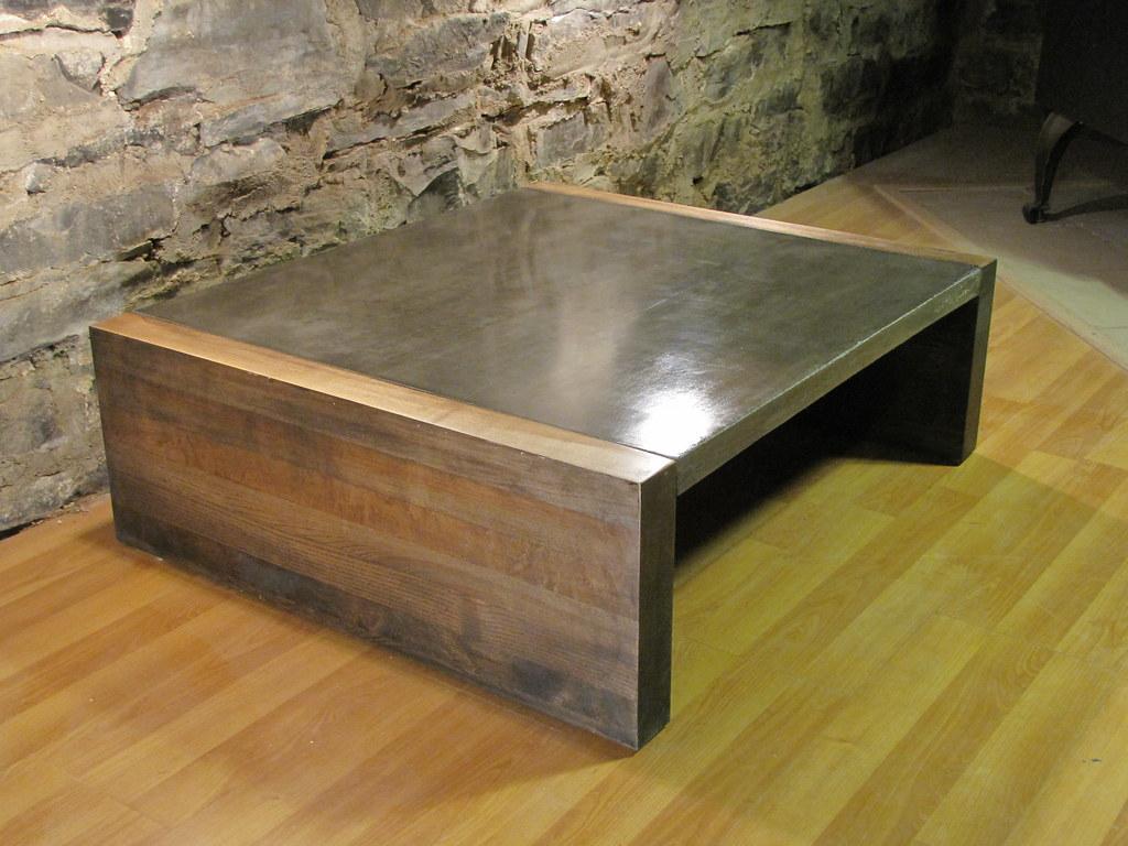 Table En Béton Ciré Et Bois bois béton   table bois béton ciré création mobilierevolutif