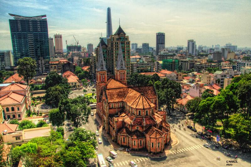 Cathédrale de Saigon. Notre-Dame
