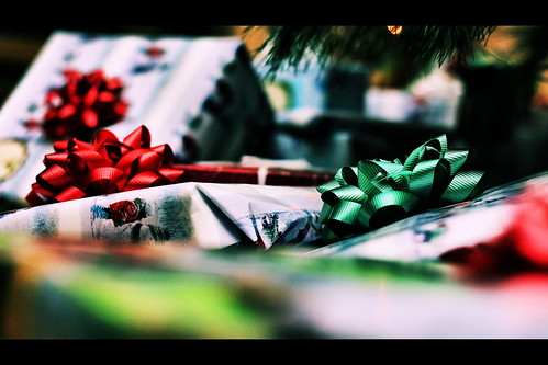 12.22.2010 <wrapped> 341/365 | by Phil Roeder