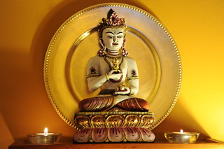 Shri Vajrasattva, statue of Tibetan Buddhist meditation diety, set with garnets and pearls for the 6 decorations (crown, earrings, necklace, armbands, wrist bands or anklets [not sure]), gold aura, Wedgwood, Seattle, Washington, USA | by Wonderlane