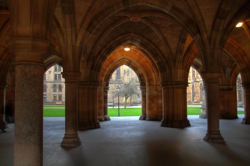 Glasgow Uni D 719 HDR