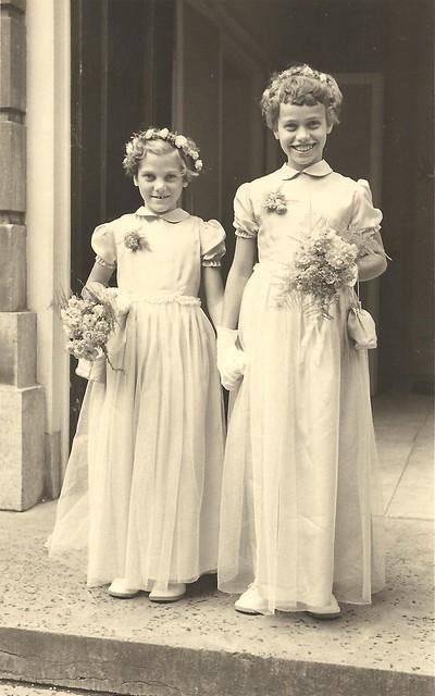 rechts Annemarie eind 1953