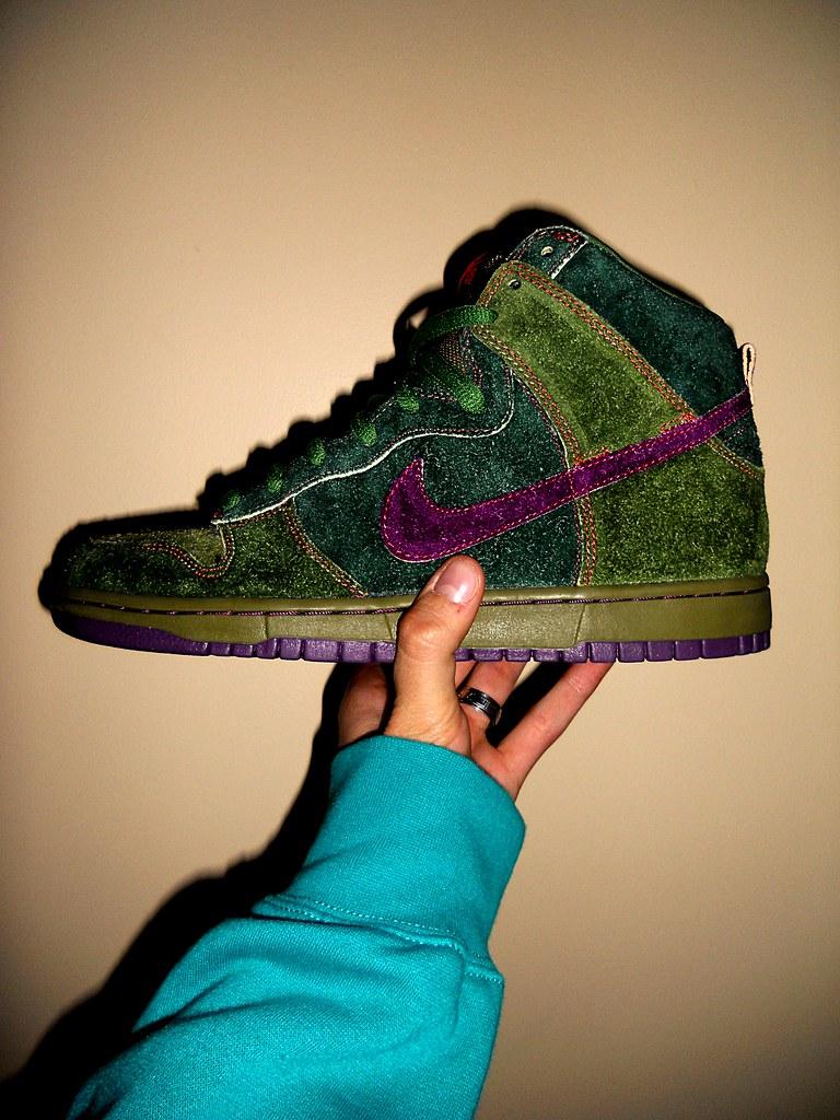 separation shoes dc2b5 e424a ... Nike Dunk High Premium SB Skunk   by Sneaker Freak