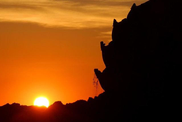 Braunkohlebagger im Sonnenuntergang