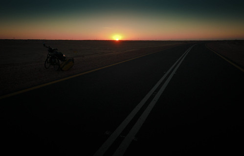 Sudan sunset on the road | by tomsbiketrip.com