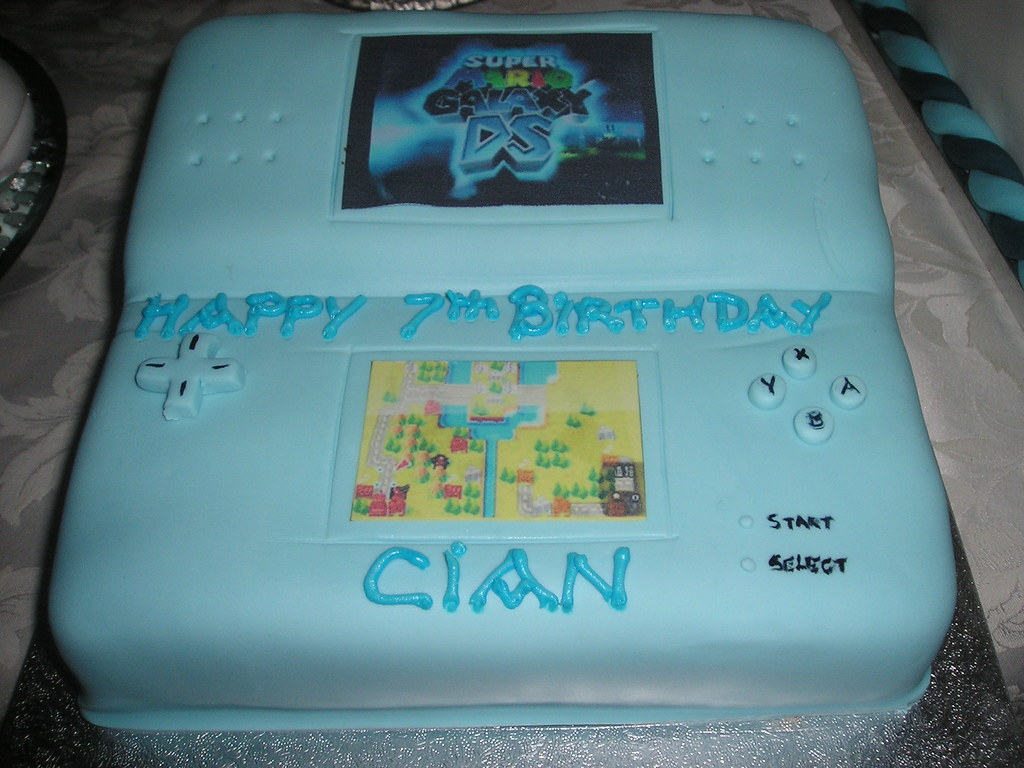 Cool Nintendo Ds Birthday Cake Sharon Sweeney Flickr Funny Birthday Cards Online Alyptdamsfinfo