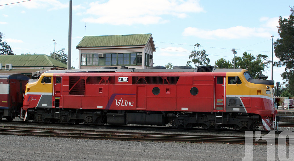 A66 stabeled @Bacchus Marsh ~03.01.11 by James 460