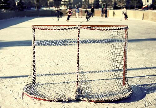 cold ice hockey icehockey shinny outdoorrink 3652011 jan162011
