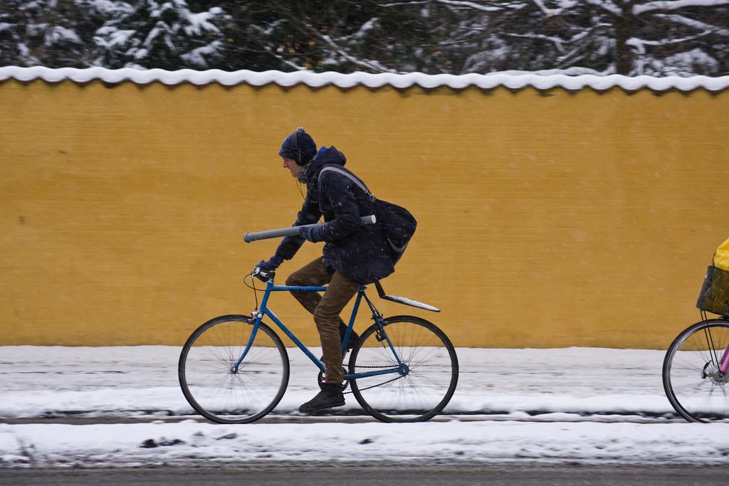 Yellow Wall Winter 002 - Cycling in Winter in Copenhagen | Flickr