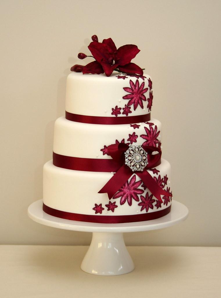 Maroon Lily Cake Cake Design Inspired By Sari Bridal Fabri Flickr