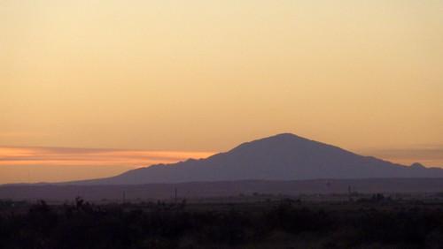sunset usa mountain newmexico bitterlakenationalwildliferefuge capitanpeak