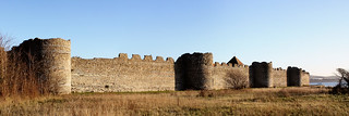 Portchester Castle Walls | by Hexagoneye Photography