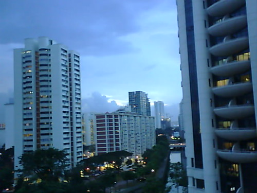 From Internet Camera(singaporeweather.ath.cx:8081)2010/12/21,19:09:55   by ngotoh