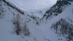 Rychle se zhoršuje viditelnost a jízda krustovatým sněhem nebo po cestě je pouhým přesunem.