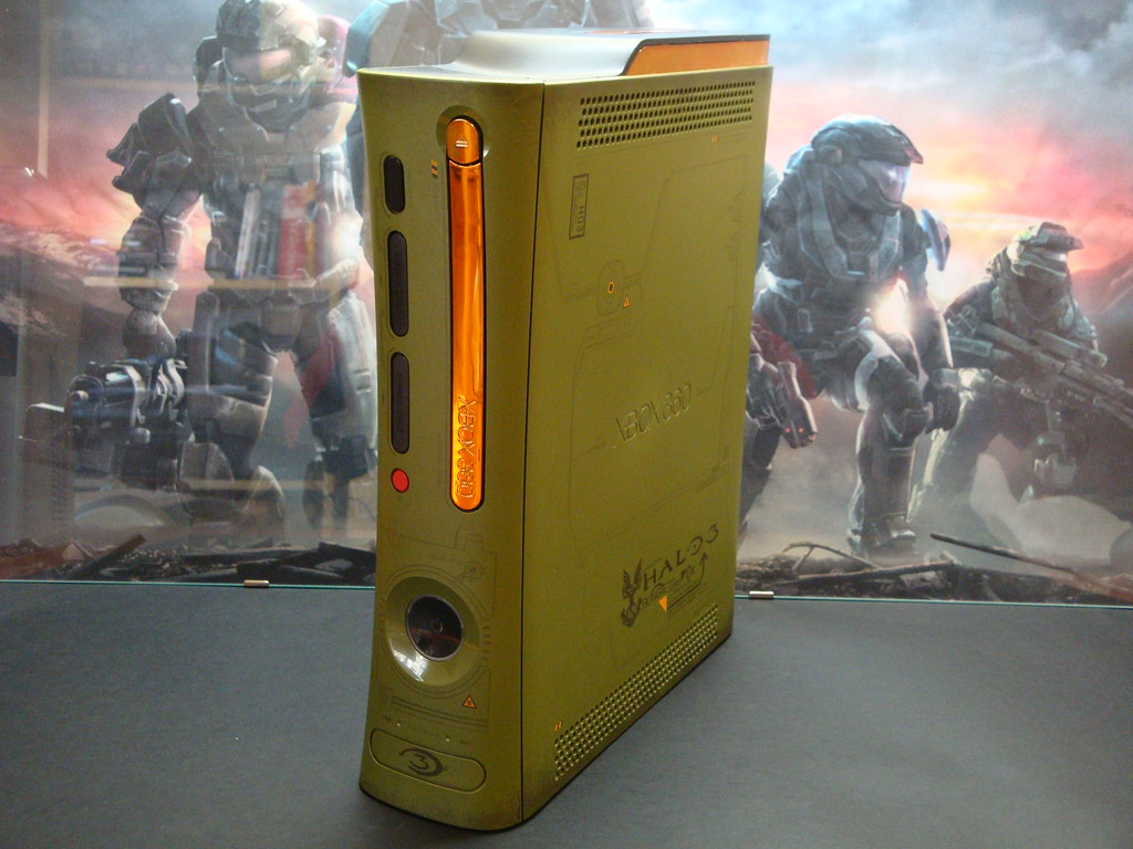 Xbox 360 Halo 3 Limited Edition | Robb Endeavour | Flickr