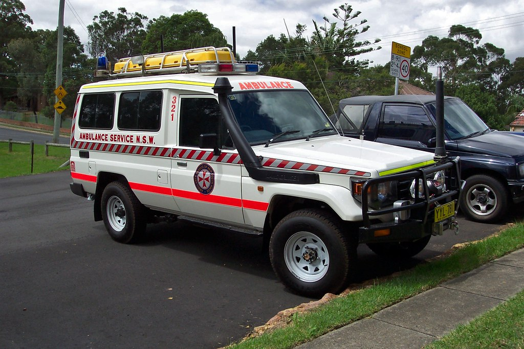 2003 Toyota LandCruiser 75 series Troopcarrier ambulance