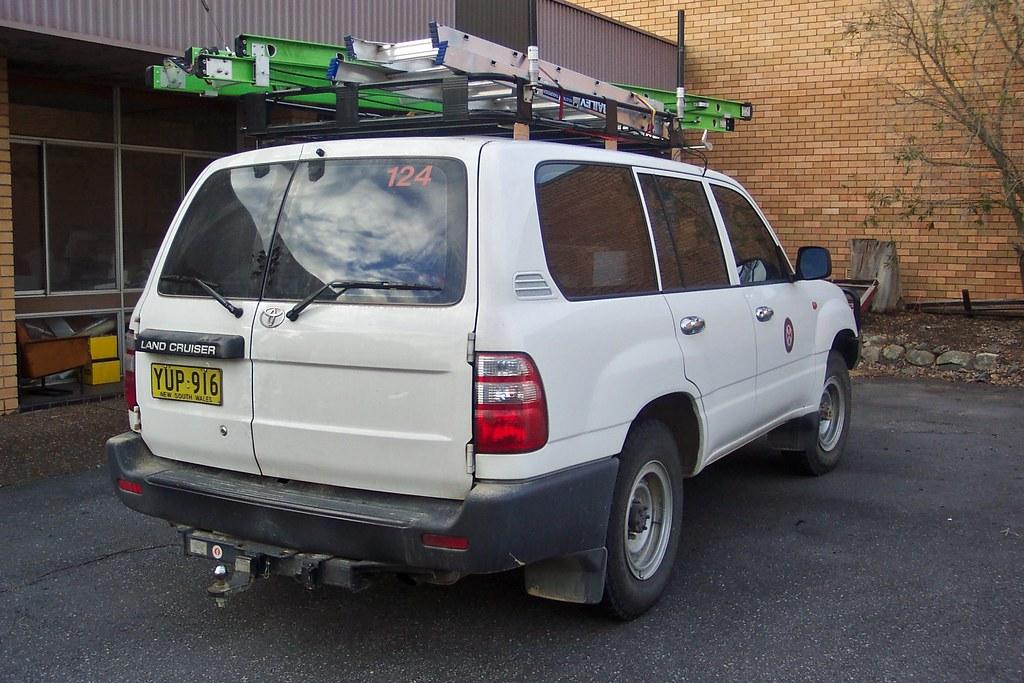 2003 Toyota LandCruiser 100 series DX wagon | 2003 Toyota La