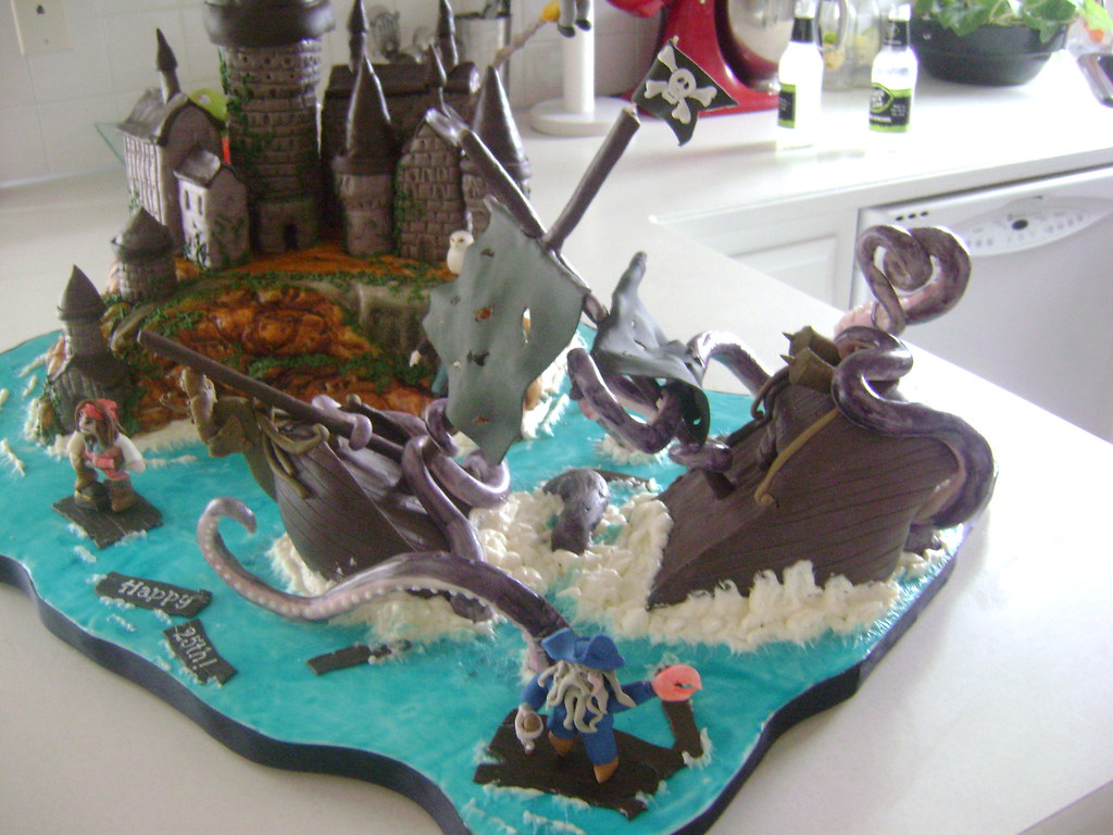Brilliant Pirates Of The Caribbean Cake Laura Wendte Flickr Funny Birthday Cards Online Aeocydamsfinfo