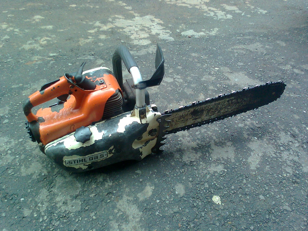 my old stihl chainsaw | This chainsaw was stored in a barn f… | Flickr