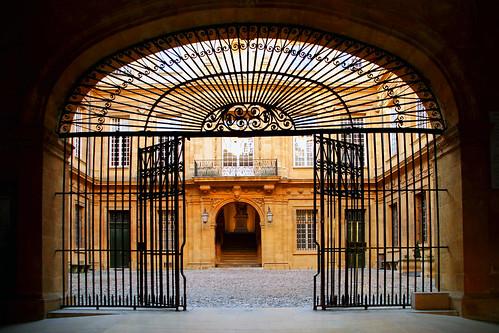 Aix en Provence, Hôtel de Ville by Boccalupo
