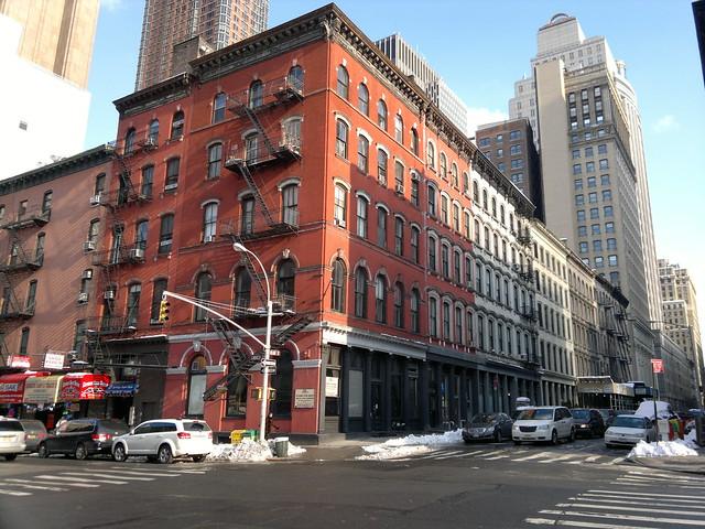 New York City ich fühle deinen Atem flehn und deine Augen nach mir schrein und eine Andere vor mir stehn und heiß schluchzen ich bin dein in den USA 2147483643