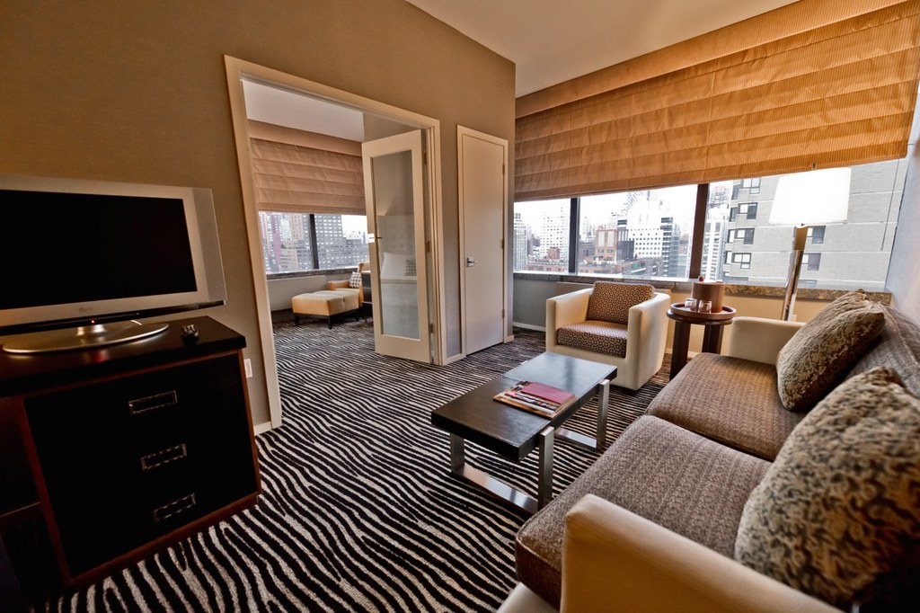 Bentley Hotel New York  1 Bedroom Suite