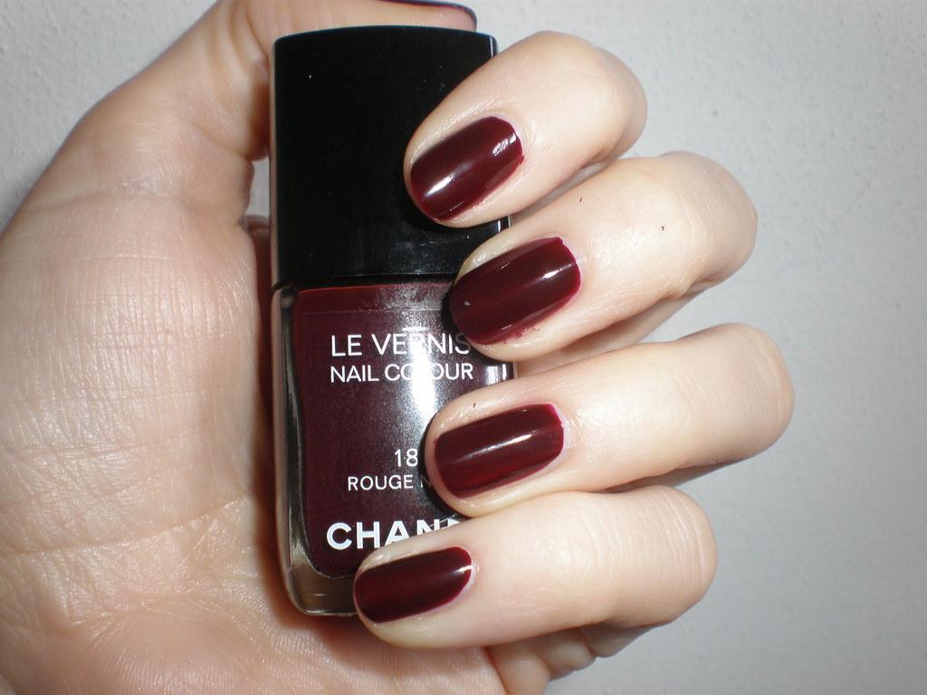 Chanel 18 Rouge noir | two coats indoor with flash | Babina70 | Flickr