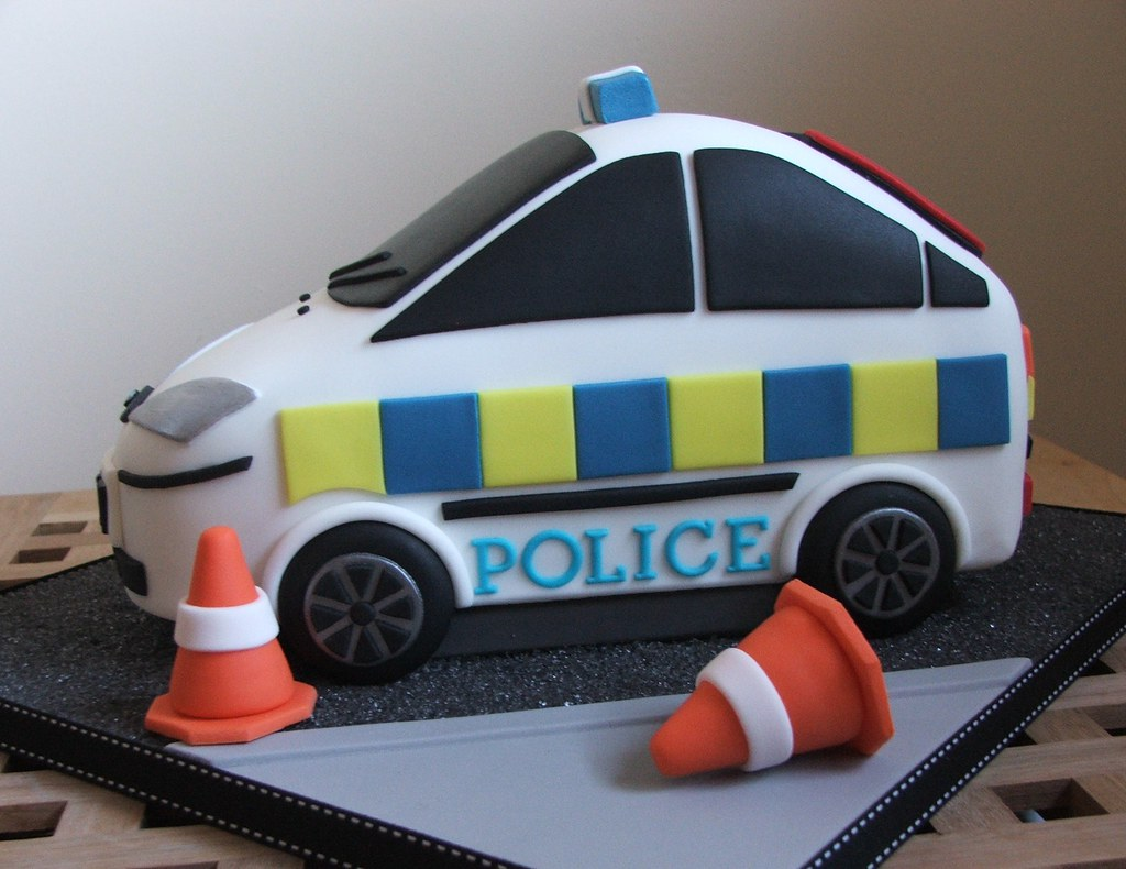 Enjoyable Police Car Birthday Cake Police Car Cake Made For A 7 Year Flickr Funny Birthday Cards Online Alyptdamsfinfo