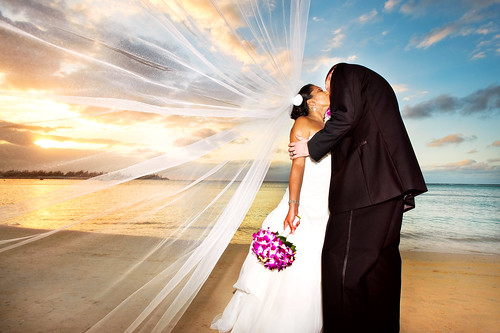 wedding sunset adam beach sand kiss veil danielle marriage windy jamaica vail passion bouquet montegobay destinationwedding destinationweddingphotographer