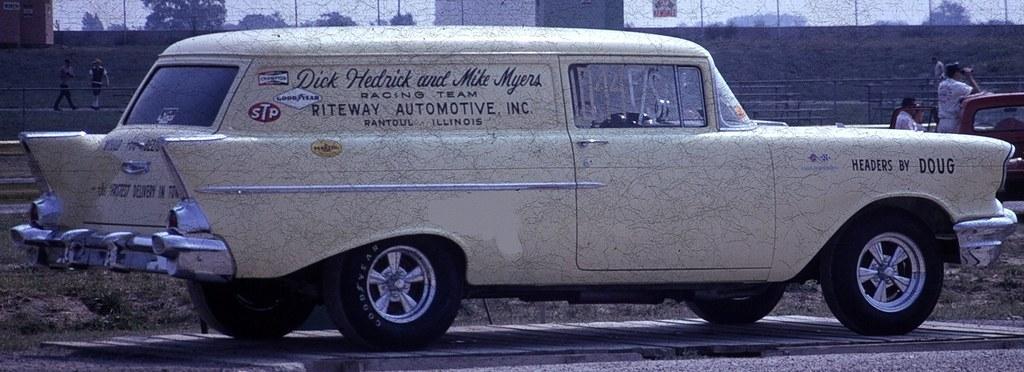 DICK HEDRICK & MIKE MYERS RACING TEAM 1957 CHEVY SEDAN DEL