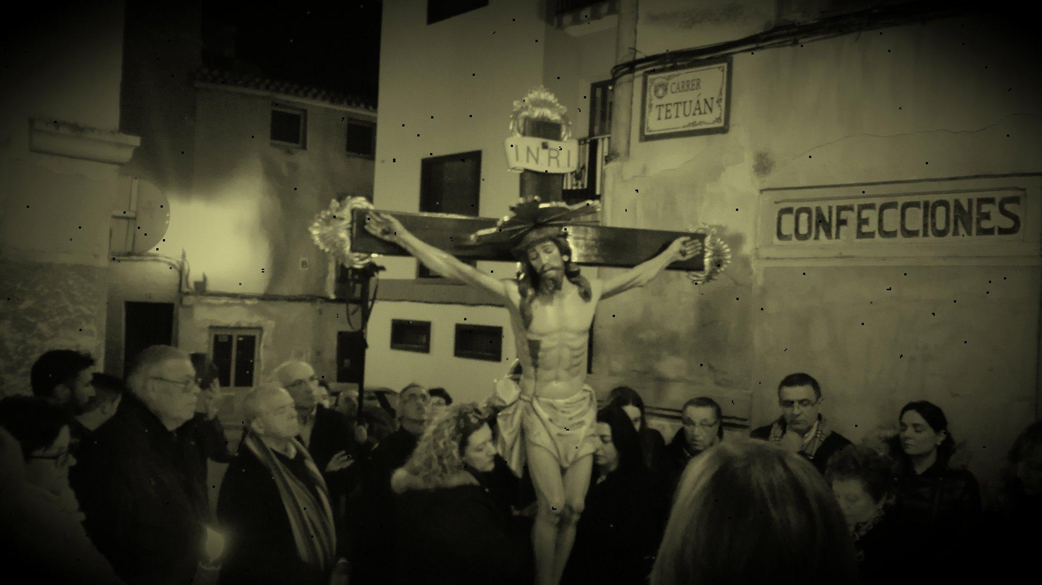 (2016-03-18) - VII Vía Crucis nocturno - Javier Romero Ripoll (105)